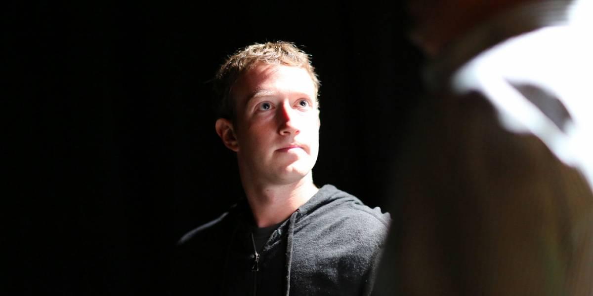 Zuckerberg busca sumar más personas a Internet con acceso gratis a Facebook