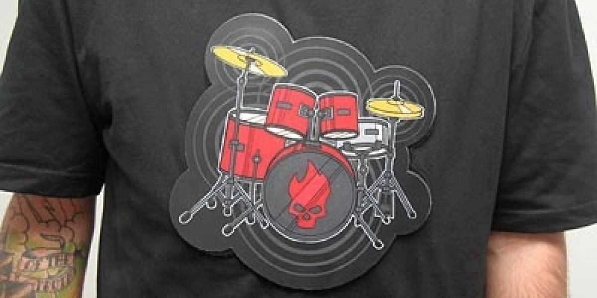 Camiseta con batería electrónica