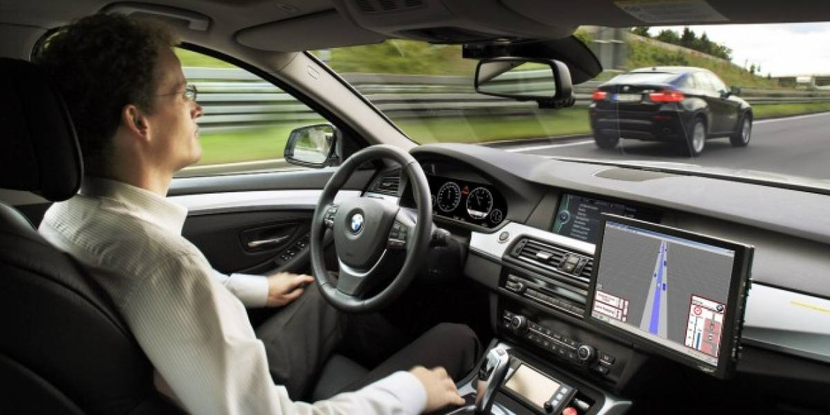 BMW presenta su sistema de conducción semi-automática