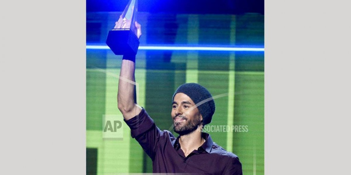 Enrique Iglesias demanda a Universal por regalías de streaming