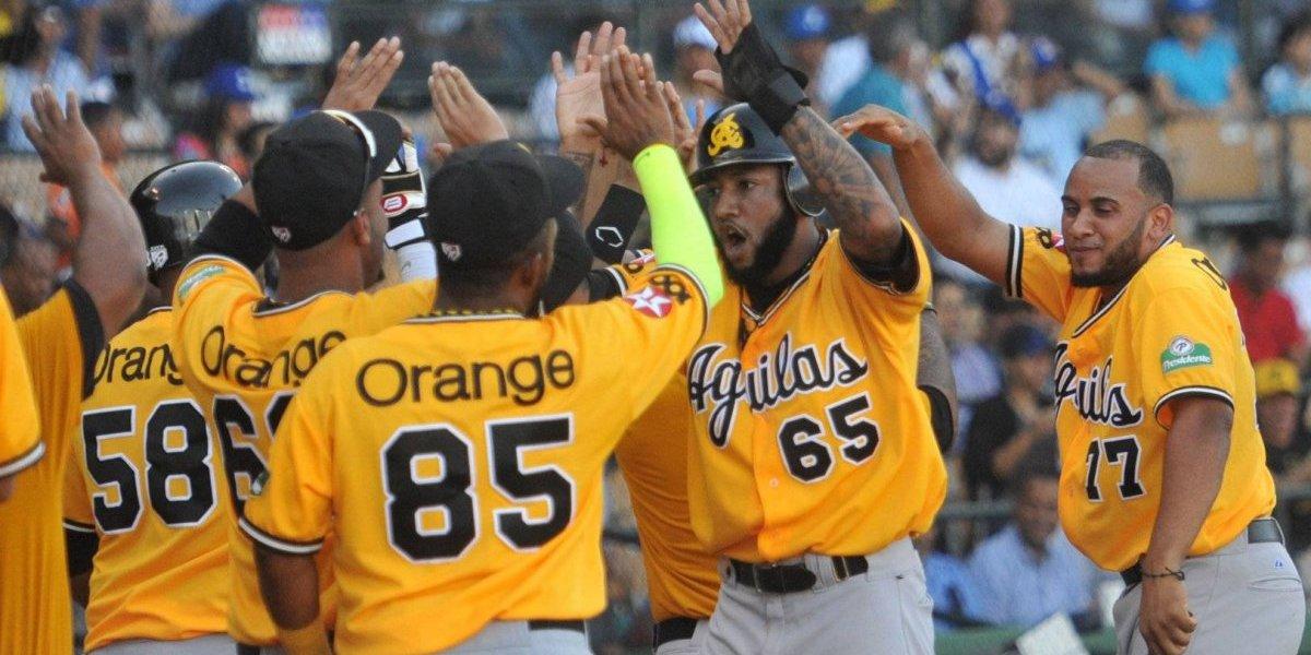 Águilas ganan primer partido de la final del béisbol dominicano