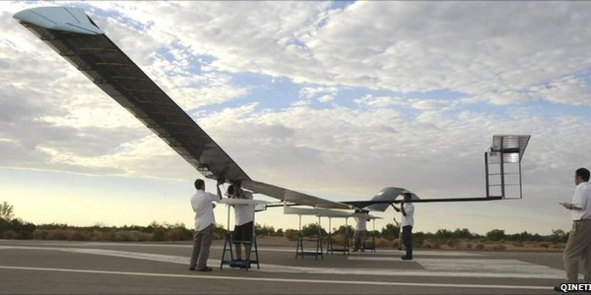 Avión solar inglés logra volar 7 días sin parar