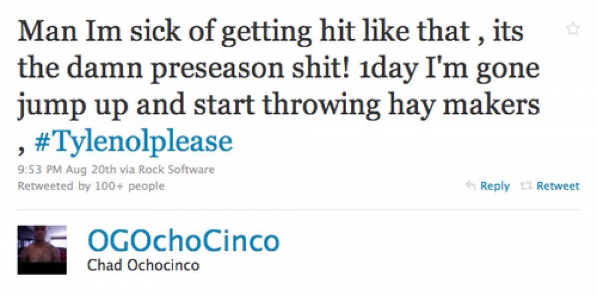 Jugador de la NFL multado por twittear durante un juego