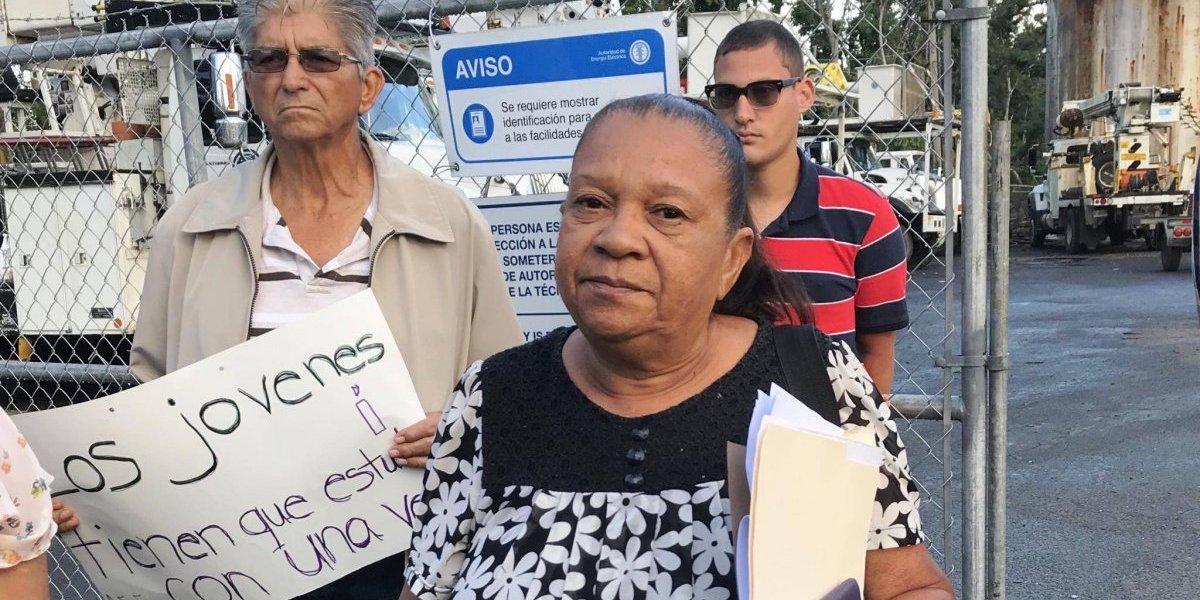 Comunidades de Cayey claman atención urgente de la AEE