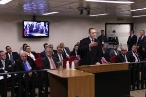 Advogado Cristiano Zanin Martins fala no julgamento de recursos da Lava Jato na 8ª Turma do TRF4 – Foto: Sylvio Sirangelo/TRF4