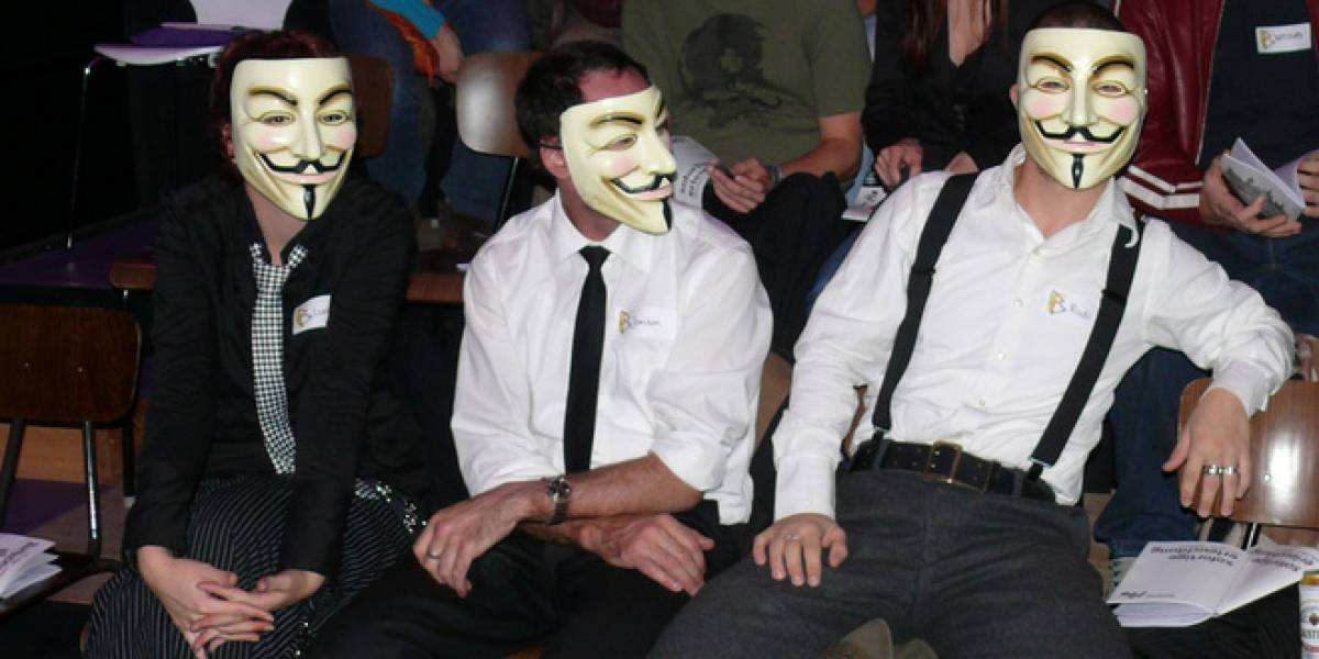 Anonymous promete atacar todos los viernes
