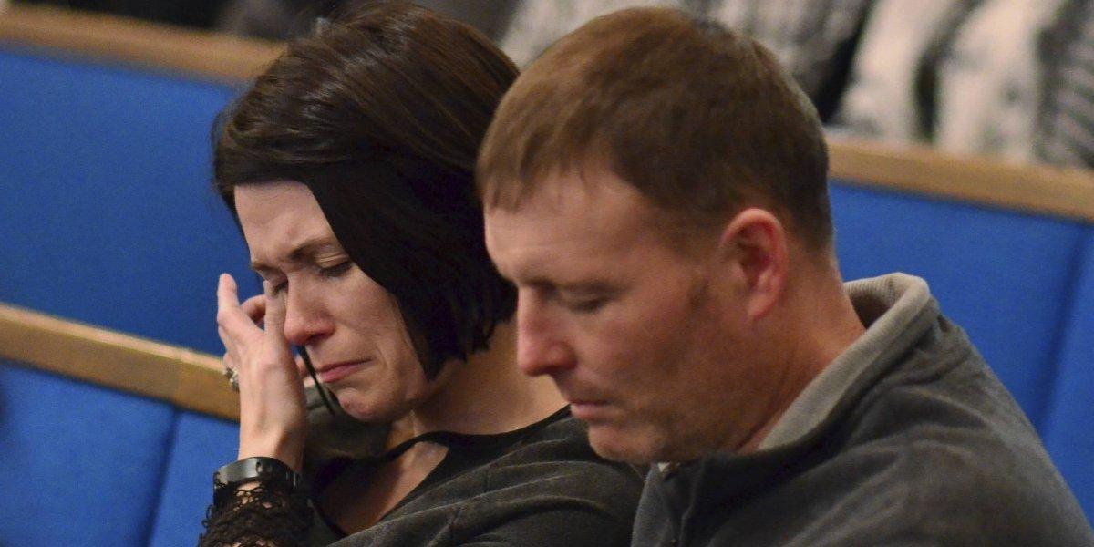 Viven momentos de pánico tras tiroteo en escuela de Kentucky