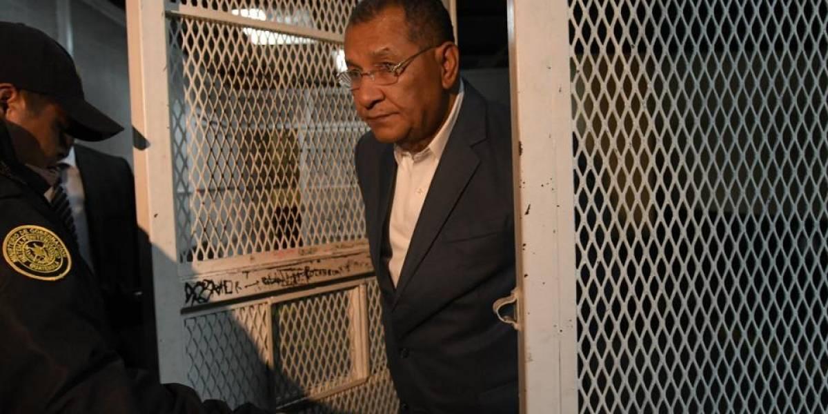 Juez Miguel Gálvez indaga al diputado Arístides Crespo