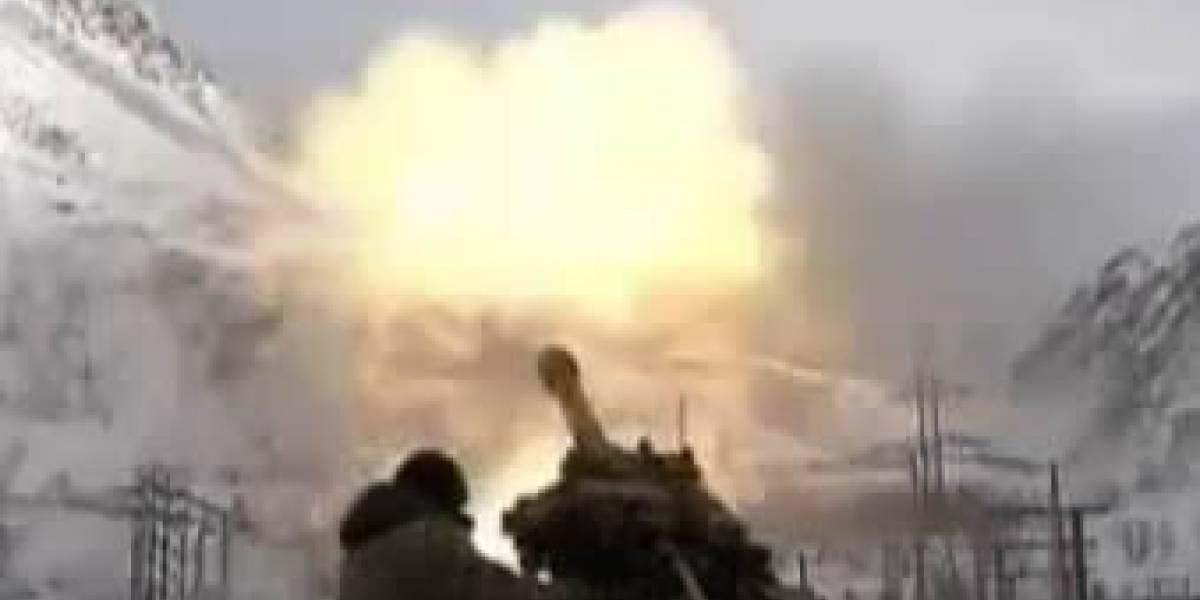 Video: Soldados rusos rompen la rutina montañesa provocando avalanchas