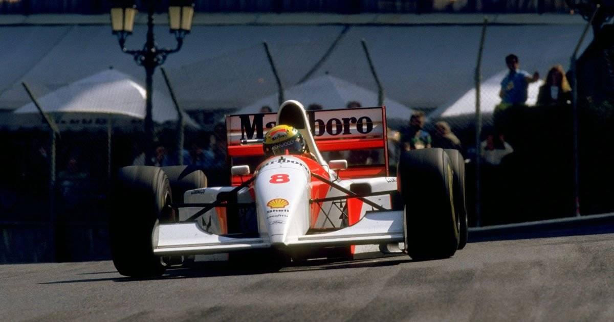 Na temporada de 1993, a última de Ayrton Senna pela McLaren, o brasileiro terminou em segundo no campeonato de pilotos, com 73 pontos, atrás somente do rival Alain Prost (99)