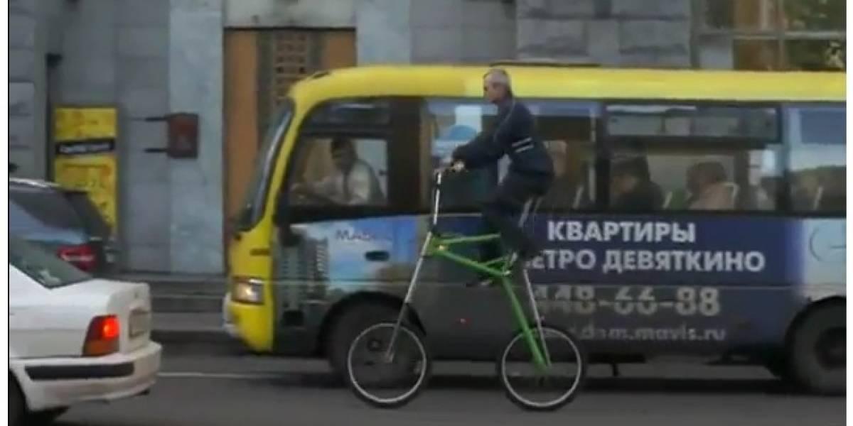 Los rusos proponen una bicicleta convertible a la hora de enfrentar el tráfico de la ciudad