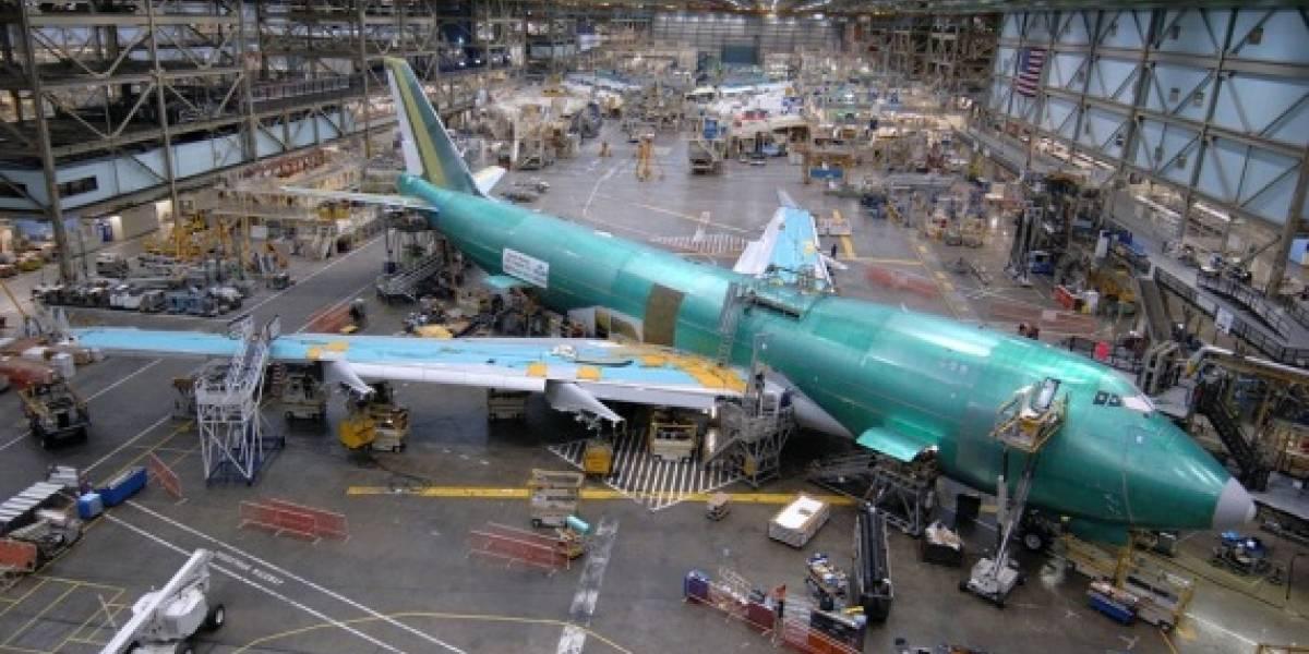 Boeing culpa la crisis y reduce producción del 777