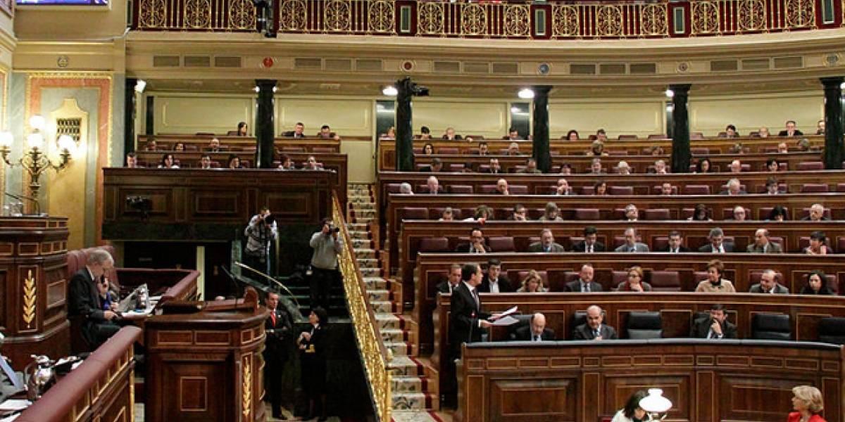 España: Diputados y senadores aprenden a usar las redes sociales ¡a buena hora!