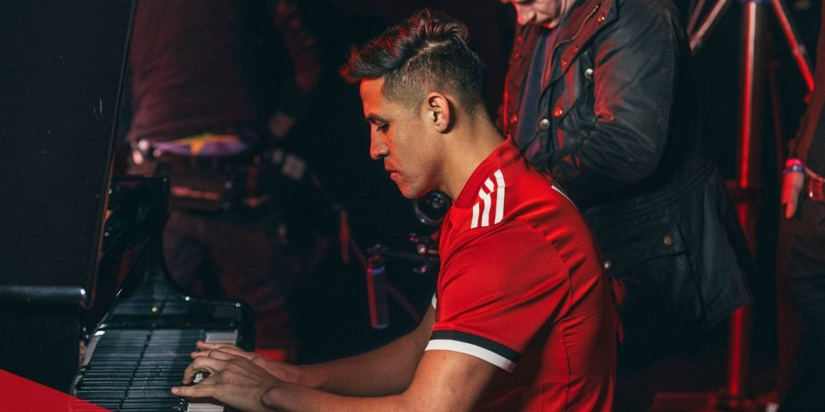 El modesto club contra el que podría debutar Alexis Sánchez en Manchester United