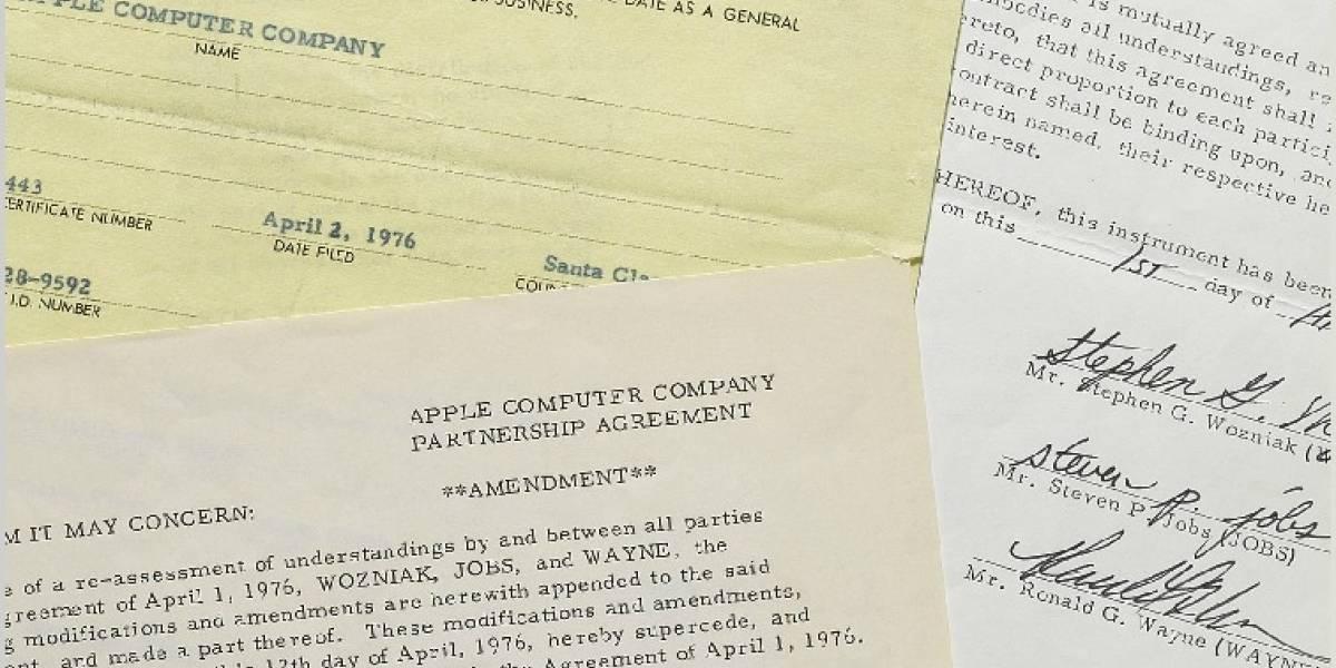 Subastan el contrato que firmaron Steve Jobs, Wozniak y Wayne para fundar Apple