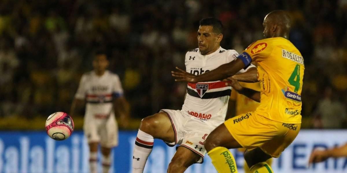 Diego Souza marca e São Paulo vence a primeira