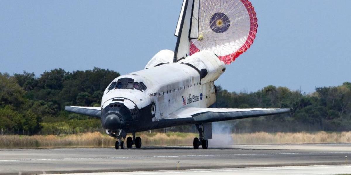 Transbordador Discovery aterrizó y completó su última misión sano y salvo