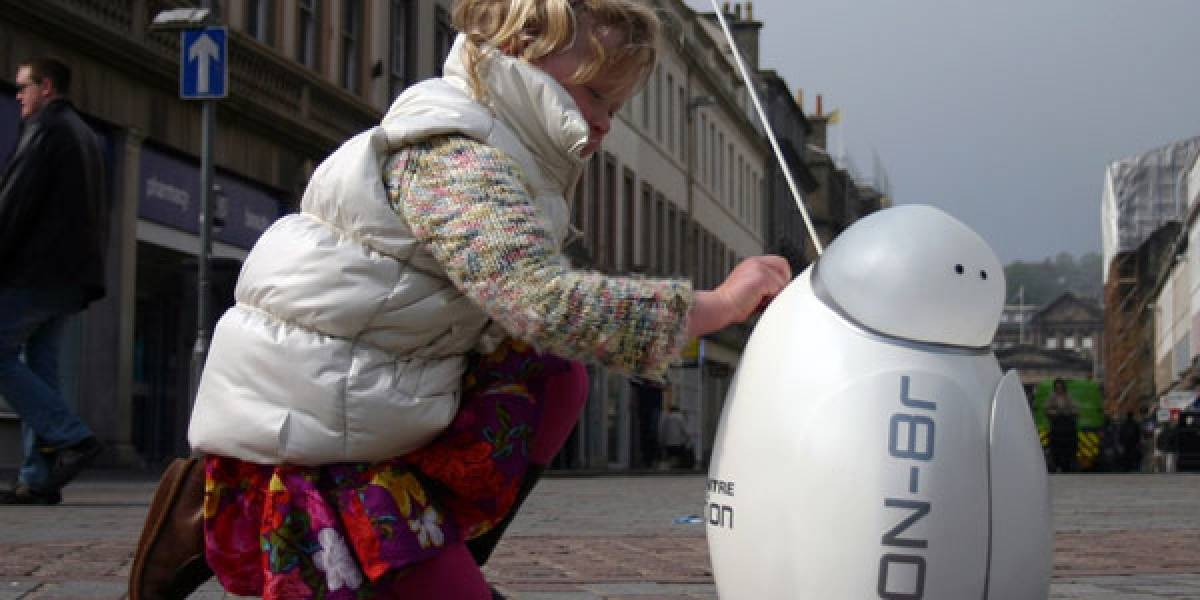 Don-8r, el robot que pide dinero en la calle