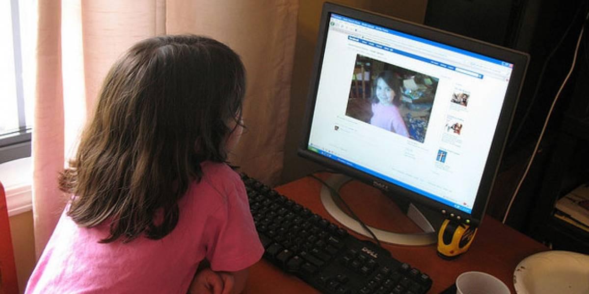 México: La SEP distribuye una guía a los padres de familia sobre el uso de Facebook
