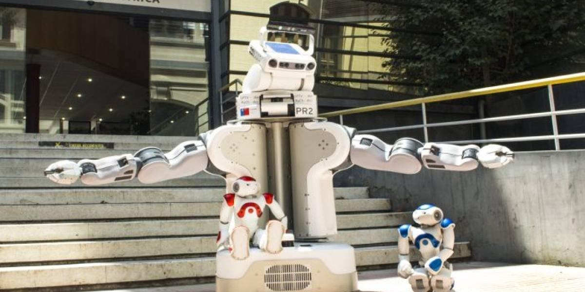 Ingenieros de la Universidad de Chile sofistican mecanismos para interactuar con robots