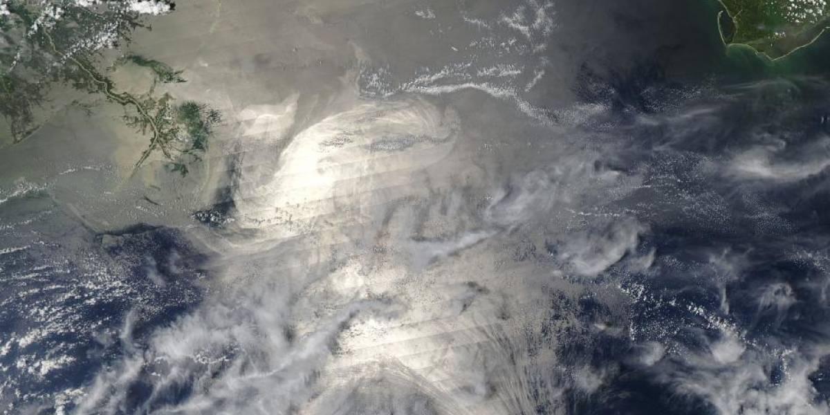 Petróleo derramado en el Golfo de México visto desde el espacio