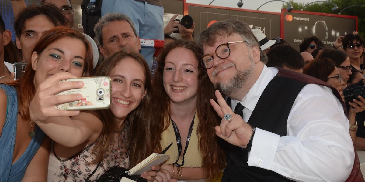 Reúnen firmas para que Guillermo del Toro tenga su calle en Guadalajara