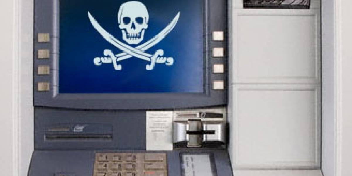 Fallas de seguridad en cajeros automáticos podrían llenar los bolsillos de hackers maliciosos
