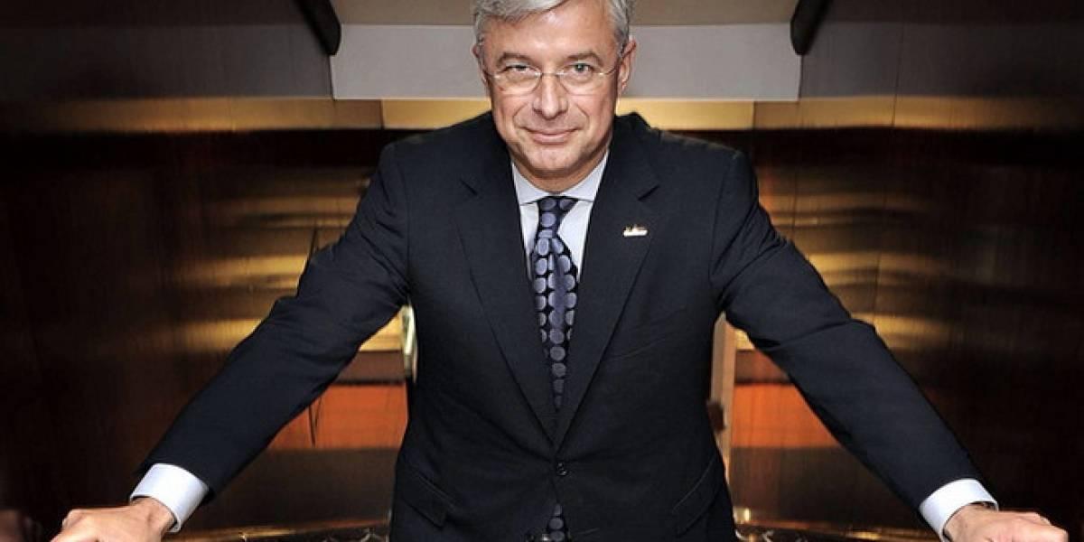 Nuevo CEO de Best Buy trabajará como empleado de tienda por una semana