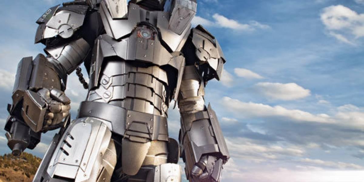 Sujeto construye una armadura casi real de Iron Man