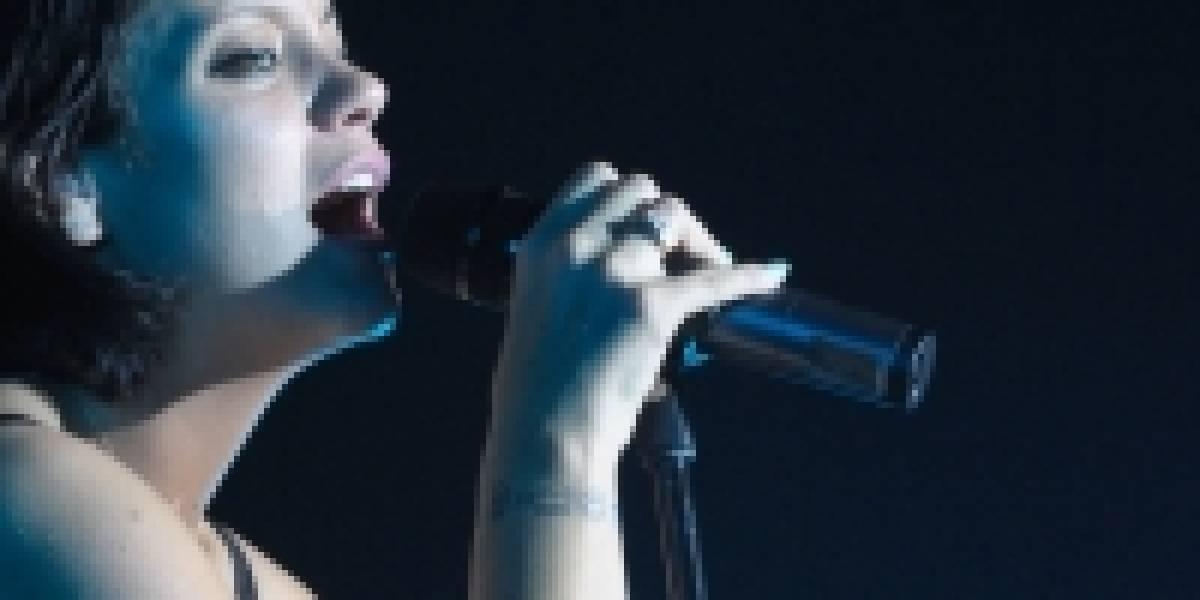 Cantante Lily Allen demanda a Apple por hackeo de su Mac