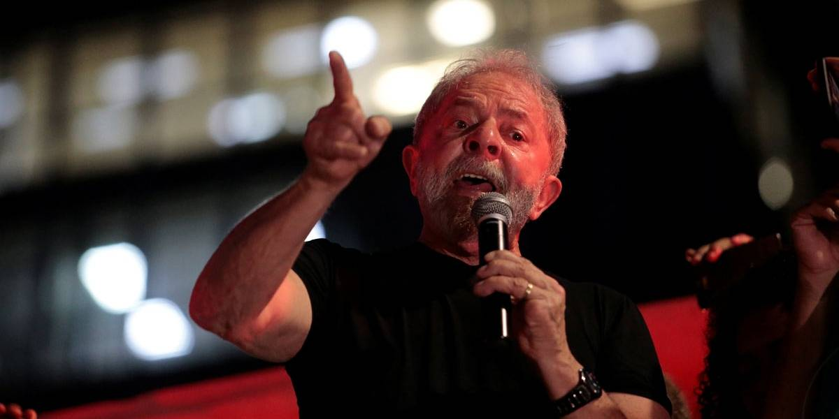 Lula se compara a Mandela e reafirma candidatura a presidente