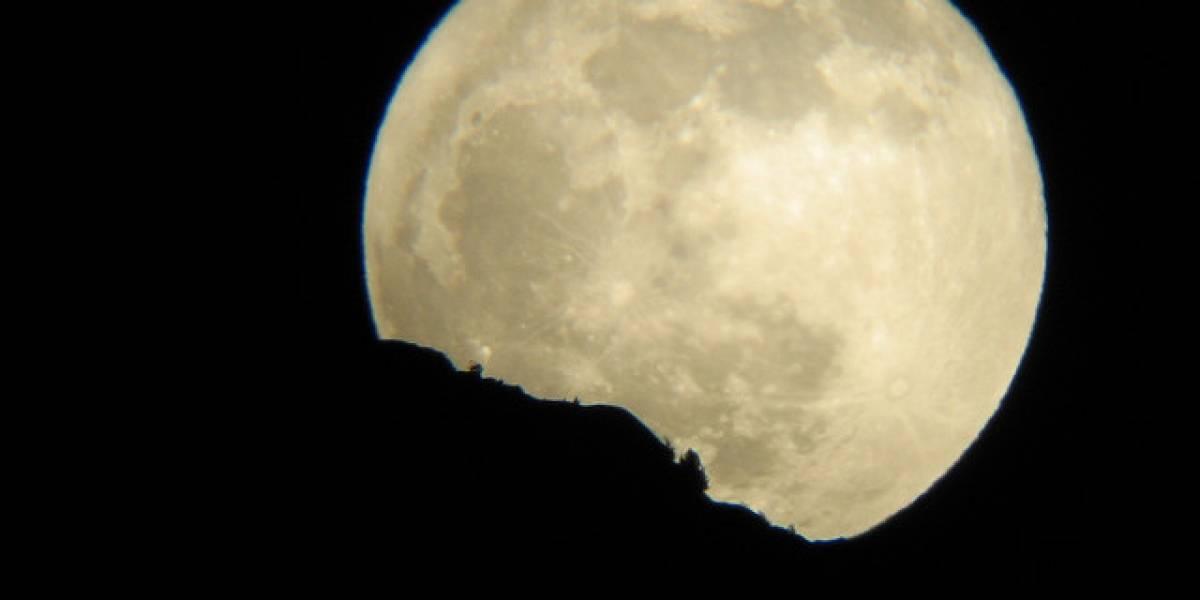"""Mañana se podrá observar la """"súper Luna"""""""