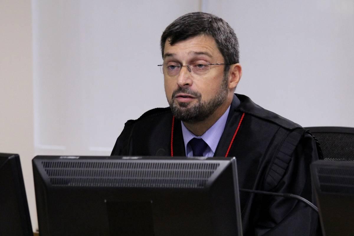 Procurador Maurício Gotardo Gerum, no julgamento de recursos da Lava Jato na 8ª Turma do TRF4 – Foto: Sylvio Sirangelo/TRF4