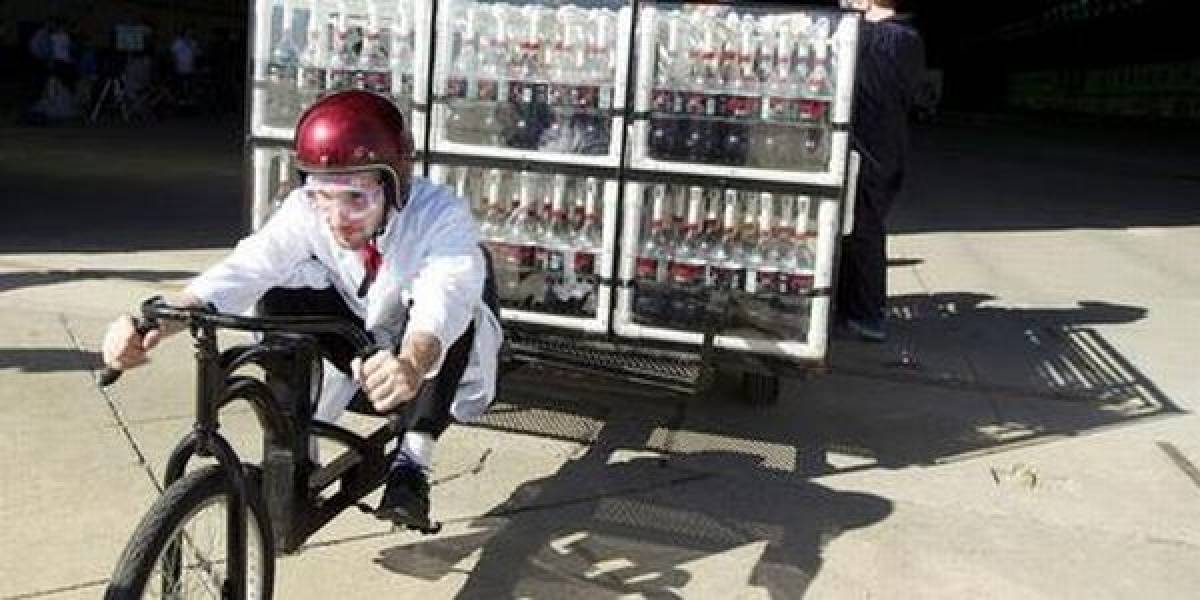 Propulsión a chorro (de Coca Cola Zero - Video)