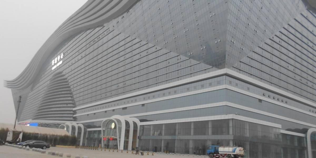 El edificio más grande del mundo abre sus puertas en China