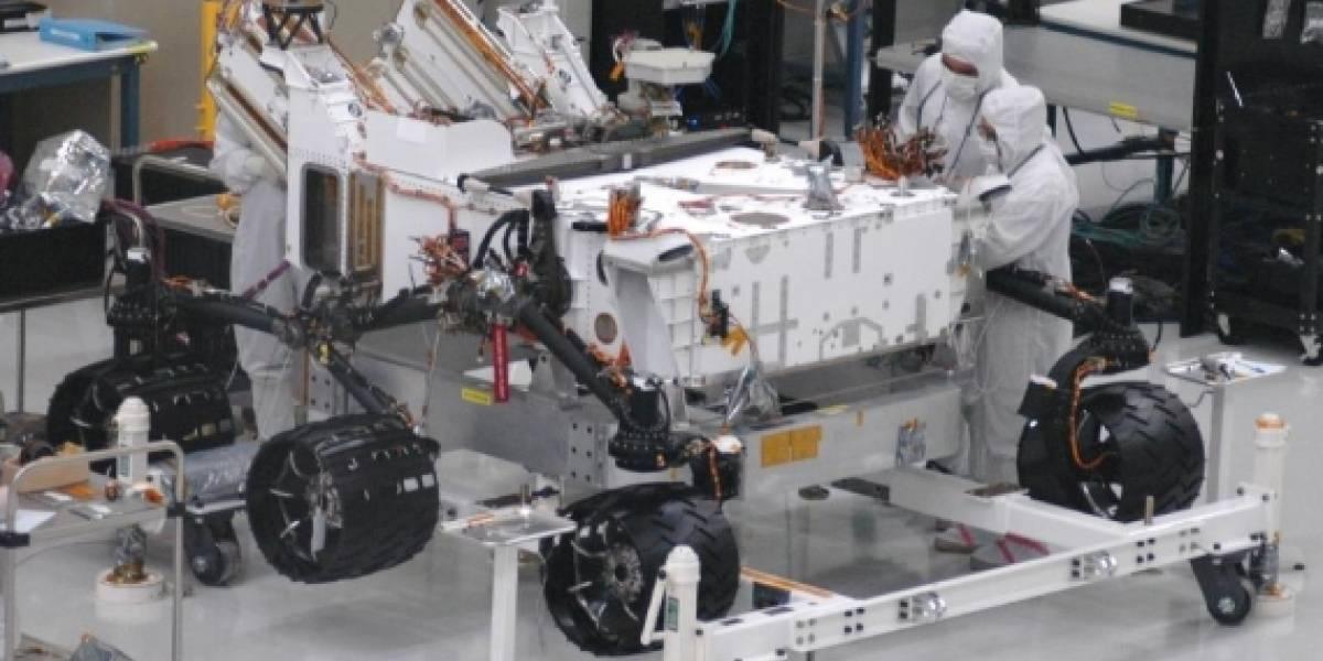 Rover Curiosity ya cuenta con sus ruedas