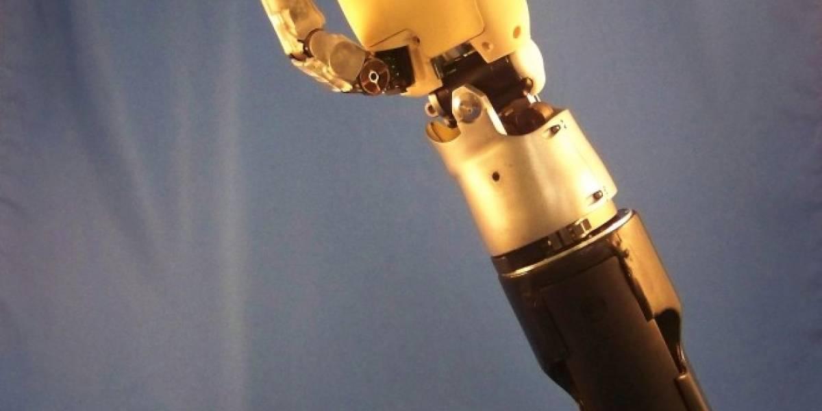 Comienzan pruebas de brazo artificial controlado por el cerebro