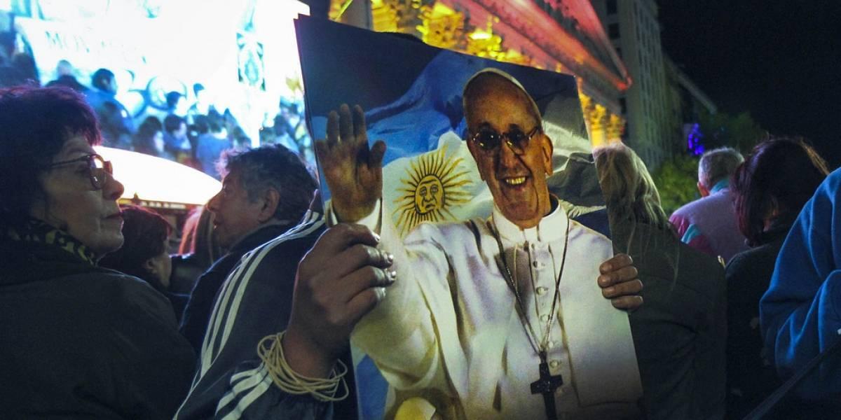 Vaticano ofrece indulgencias a quienes sigan al Papa en Twitter