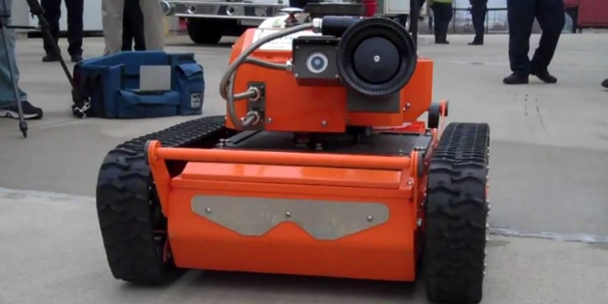 Realizan demostraciones de robots capaces de combatir los incendios