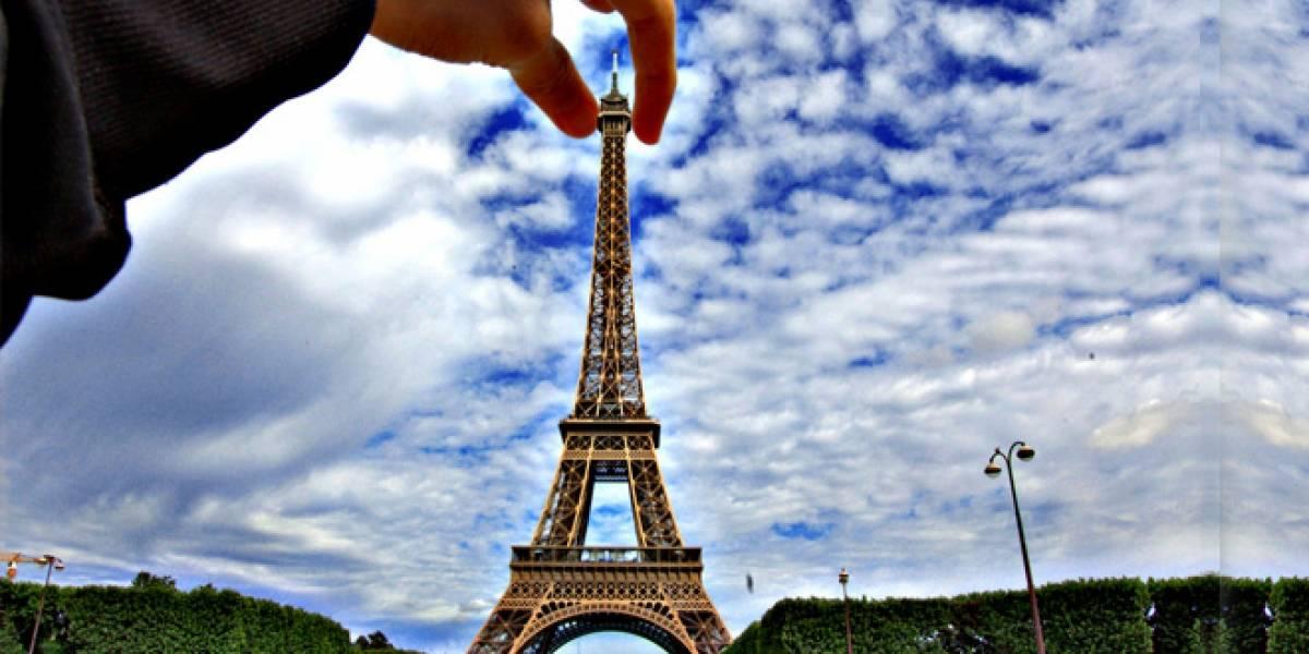 Peruano recibe premio Ig Nobel por trabajo respecto a la percepción de tamaño de la Torre Eiffel