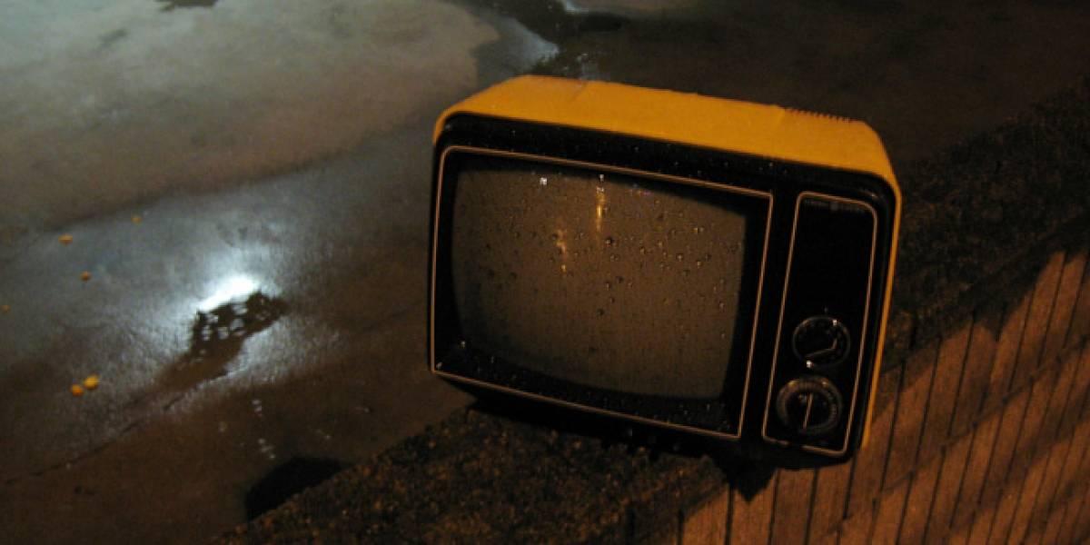 Columna: Cómo afectará a miles de chilenos la ley de TV Digital despachada por las comisiones del Senado