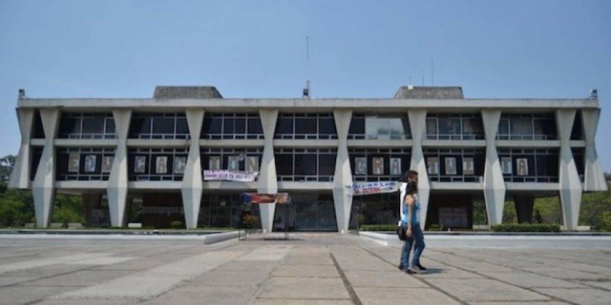 AEU pide cancelación de matrículas de señalados de agredir a estudiantes de Derecho