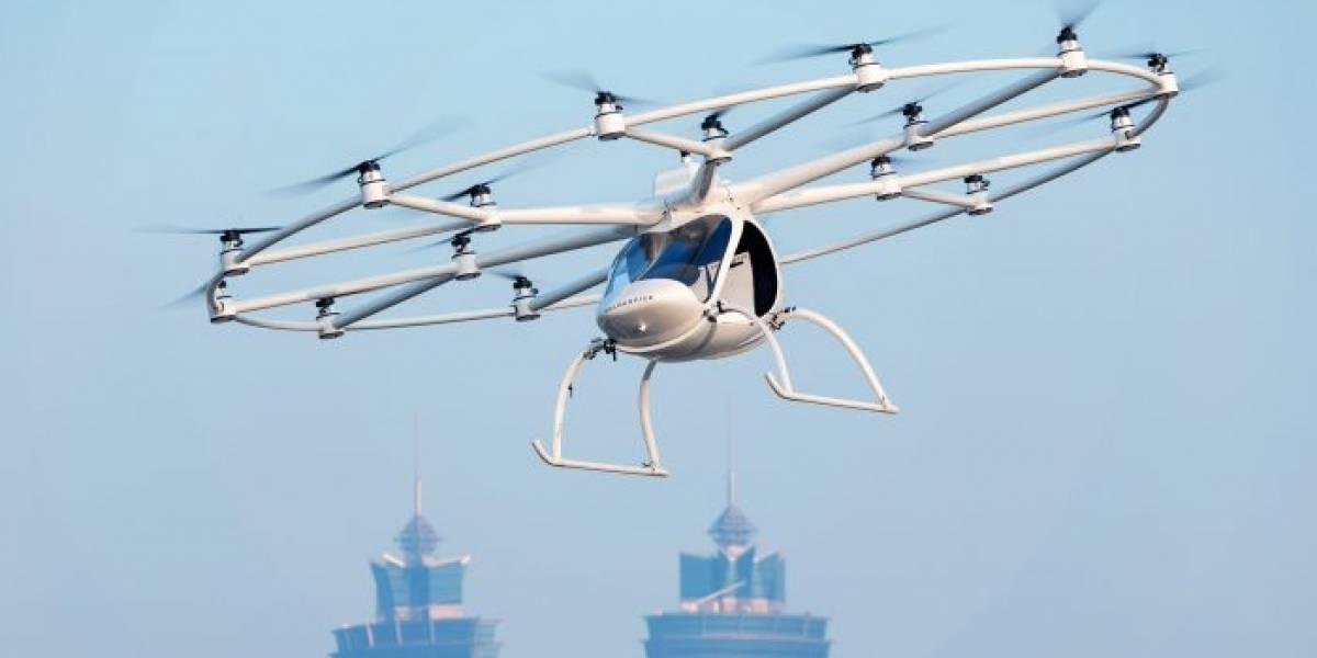"""El """"taxi aéreo"""" Volocopter levantó vuelo en medio de la conferencia de Intel"""
