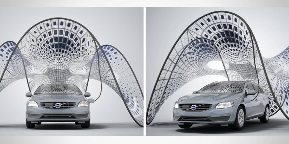 Volvo diseña panel solar que se despliega desde el maletero del auto