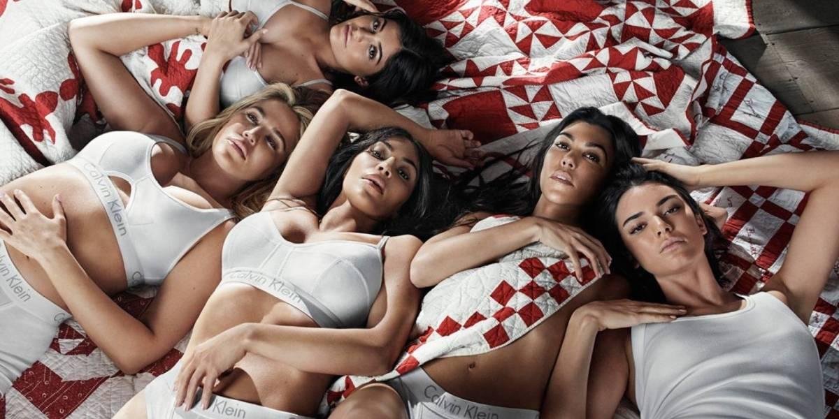 Las hermanas Kardashian posan para campaña de ropa interior