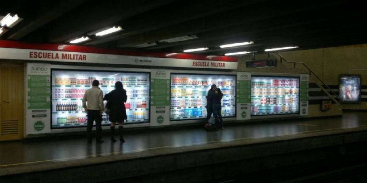 Chile: Jumbo implementa supermercados virtuales en estaciones de Metro