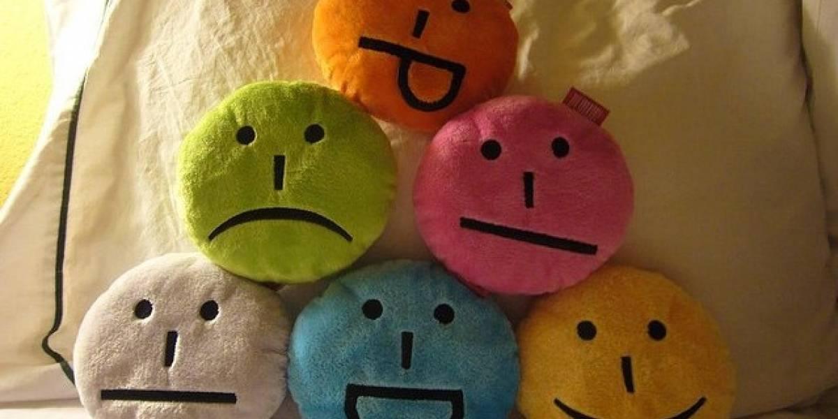 ¡Felices 30 años emoticones! :-)