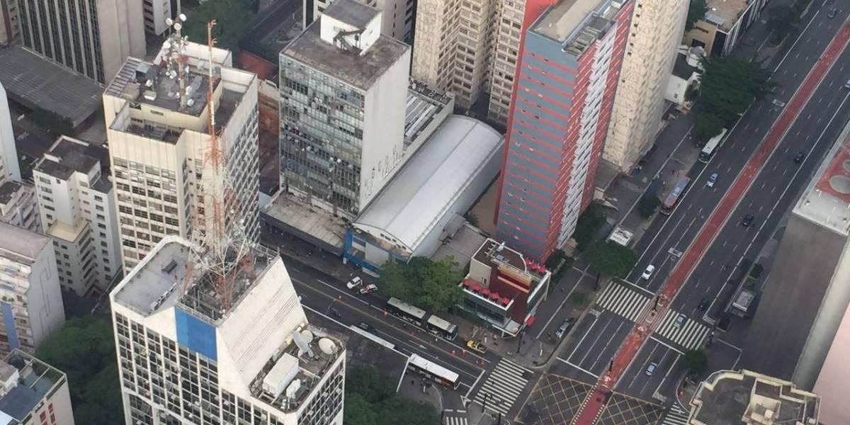 Trânsito é intenso na região da av. Paulista após atropelamento; uma pessoa morreu