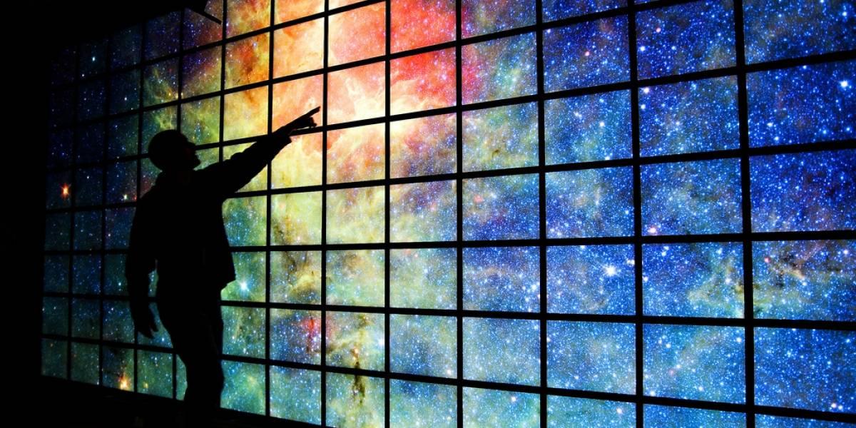 Hyperwall-2: Megapantalla para visualización y estudio de imágenes de la NASA
