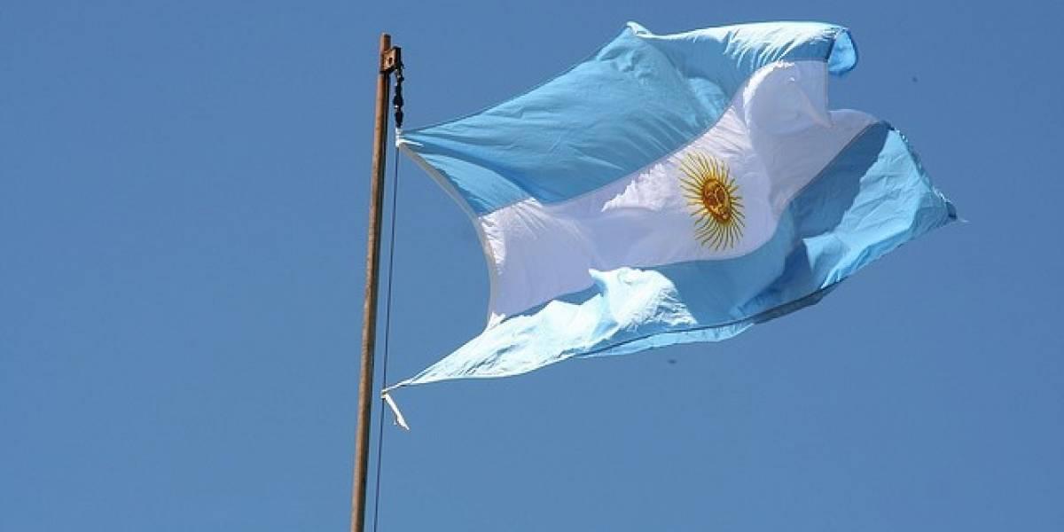 GeoHot habría escapado de Norteamérica hacia Argentina, ché
